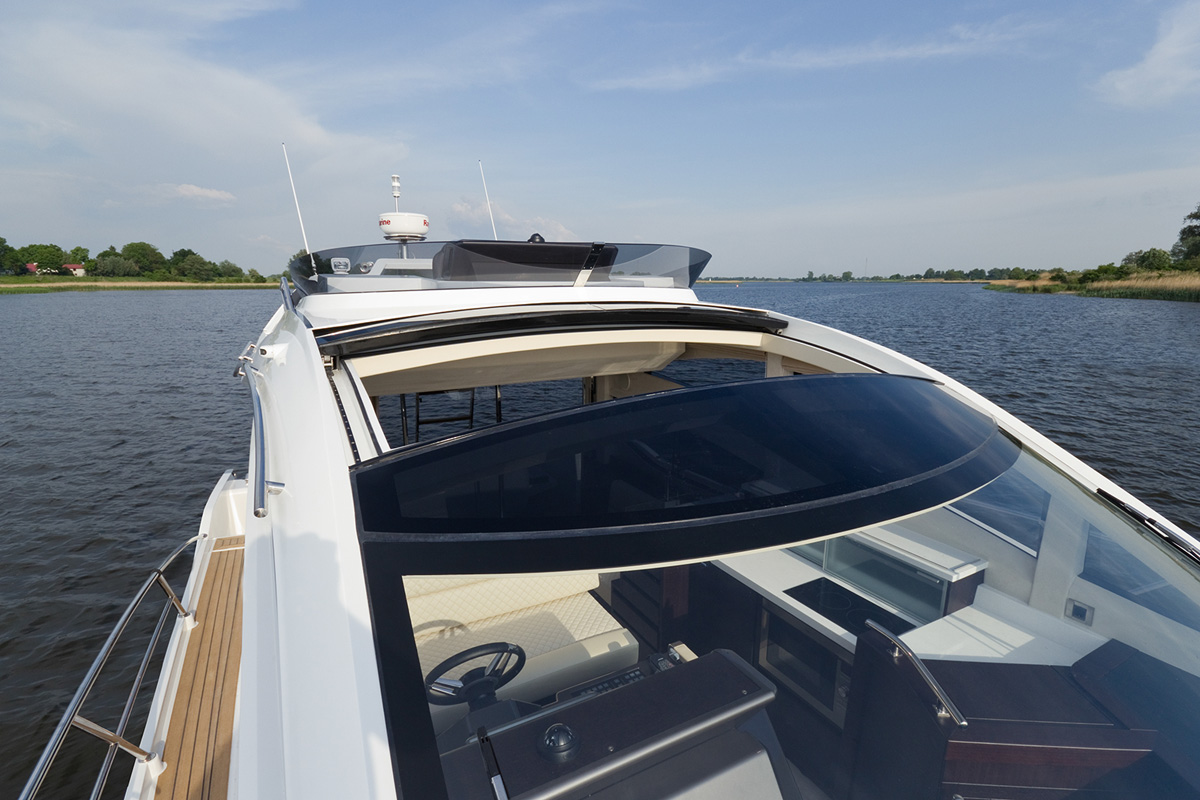 Galeon 430 SKYDECK toit ouvrant