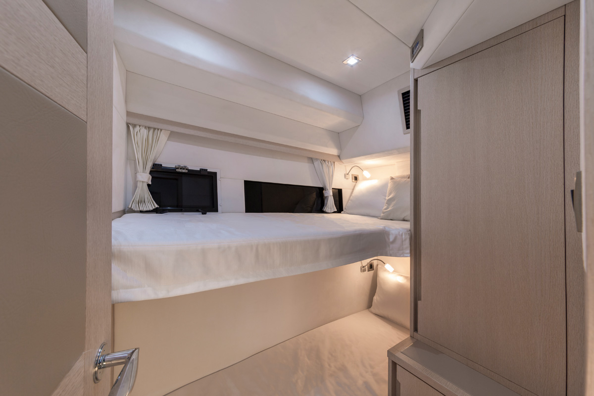Galeon 460 FLY cabine double