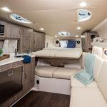 Regal 33 XO cabine
