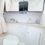 Regal 28 Express salle d'eau