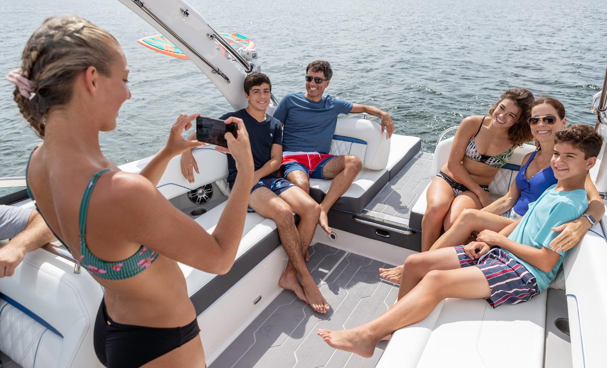 Regal LS6 SURF famille