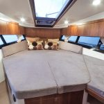 Galeon 300 FLY cabine pointe