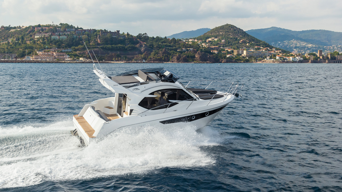 Galeon 300 FLY exterieur