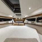 Galeon 365 HTS cabine pointe