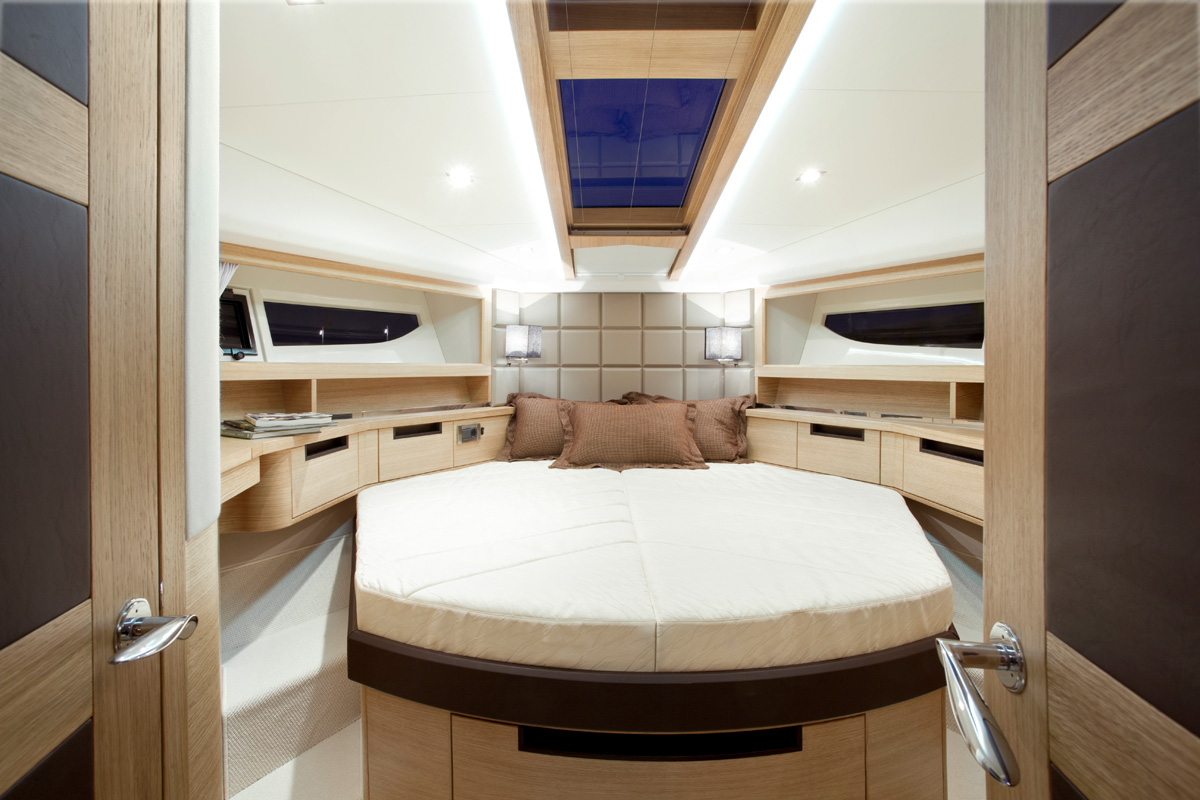 Galeon 420 FLY cabine pointe