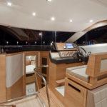 Galeon 420 FLY pilotage et accès cabines