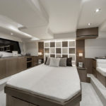 Galeon 470 SKYDECK cabine transversale