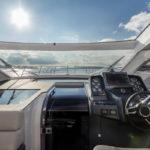 Galeon 485 HTS poste de pilotage toit ouvrant