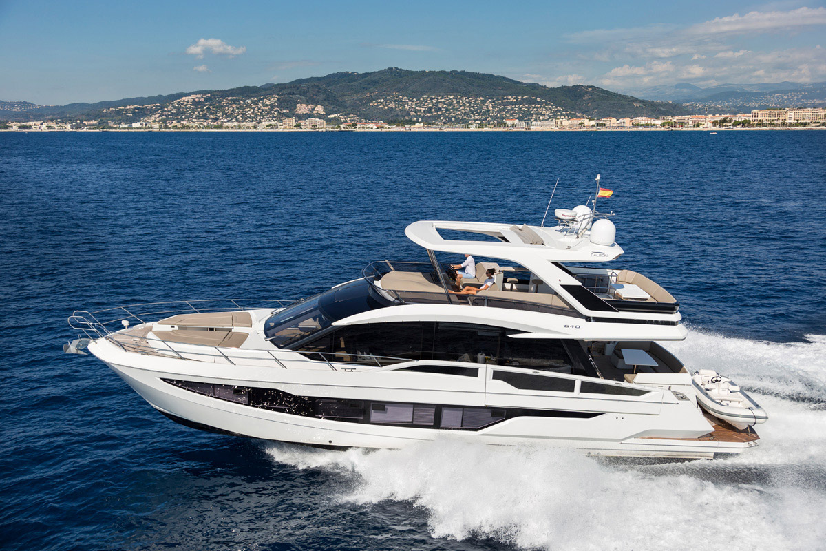 Galeon 640 FLY exterieur