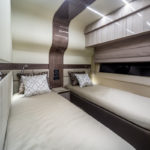 Galeon 700 SKYDECK cabine double