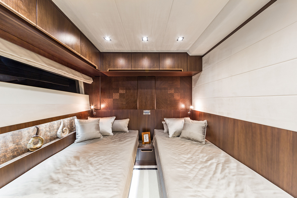 Galeon 780 CRYSTAL cabine double