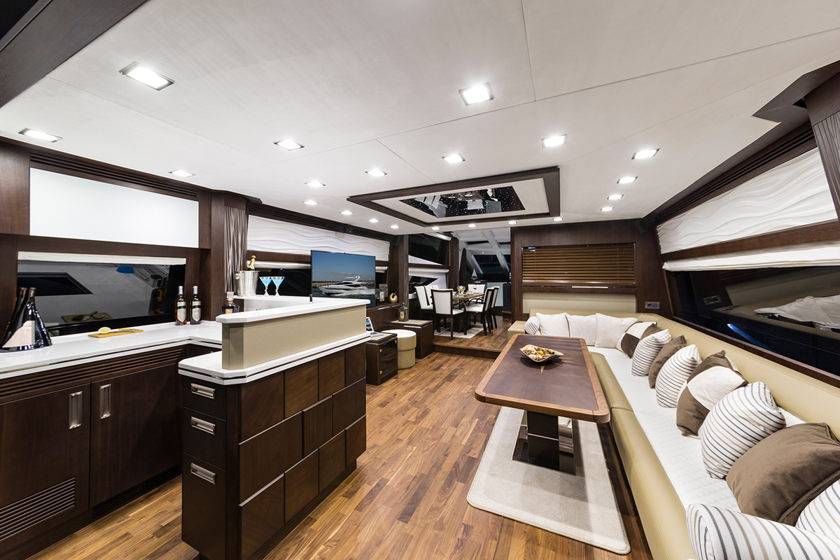 Galeon 780 CRYSTAL salon