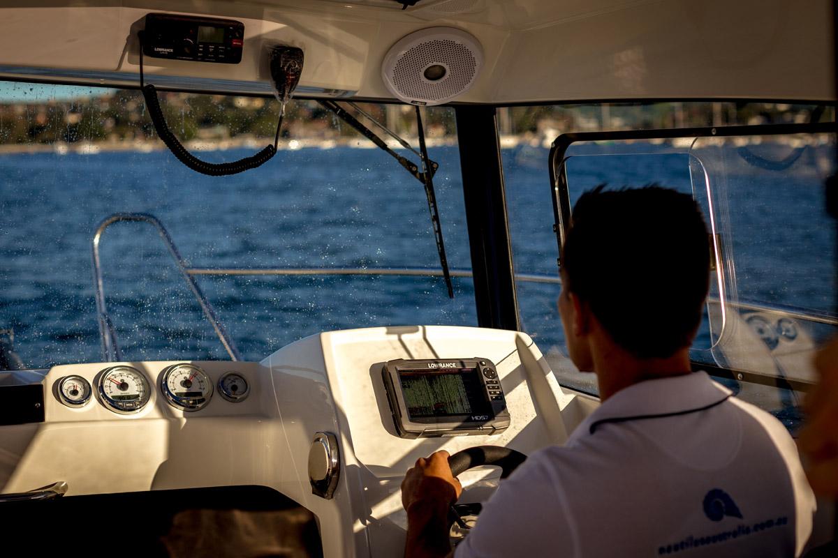 Parker 660 Pilot House poste pilotage avant