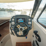 Parker 750 Cabin Cruiser cabine