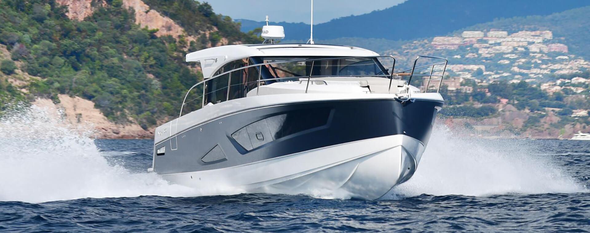 Bateau Parker modèle :  Monaco 110